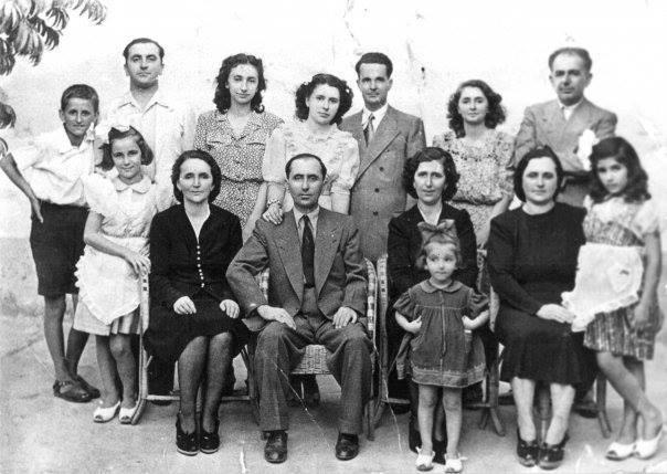 Familja Petrela Maci Kondi